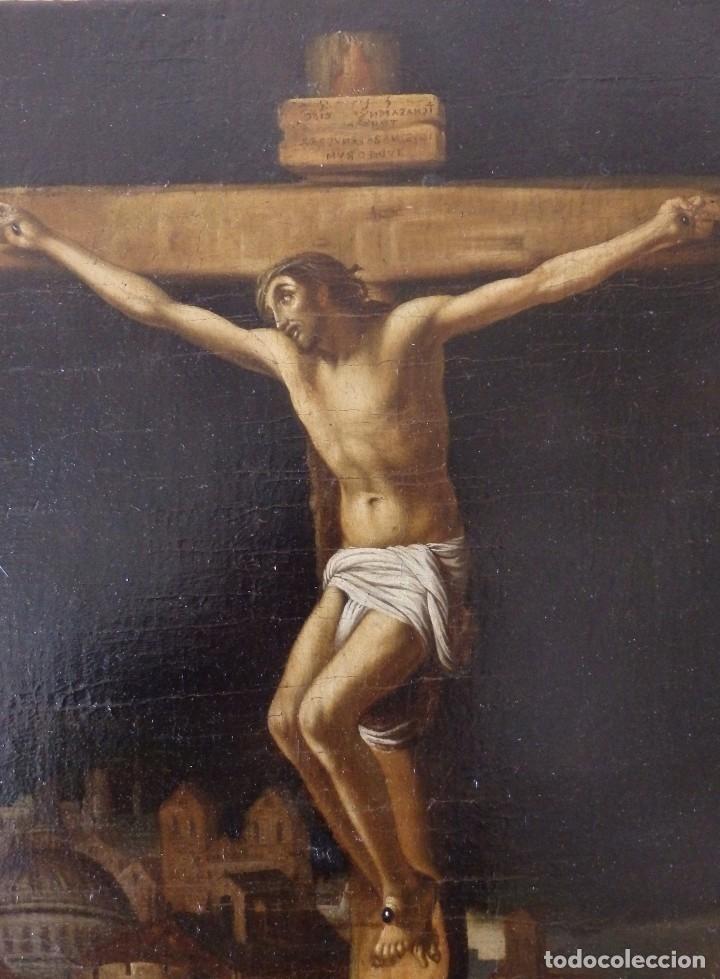 Arte: Cristo Crucificado. Óleo sobre lienzo. Escuela española. Siglo XVII. - Foto 2 - 118749647