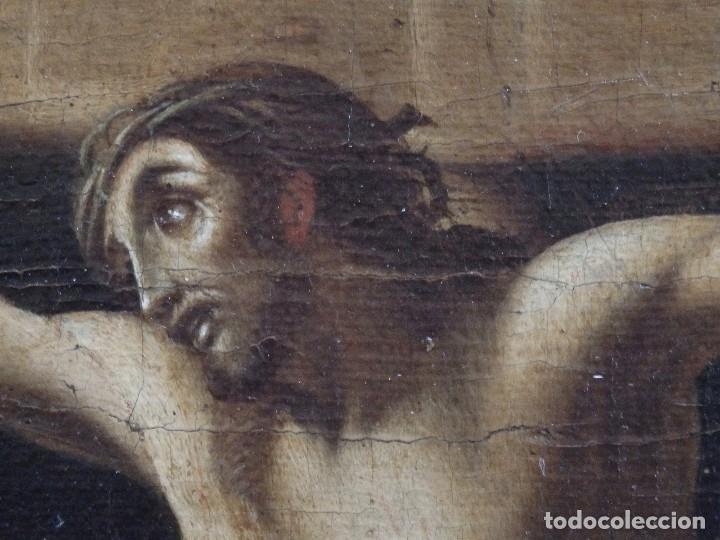 Arte: Cristo Crucificado. Óleo sobre lienzo. Escuela española. Siglo XVII. - Foto 7 - 118749647