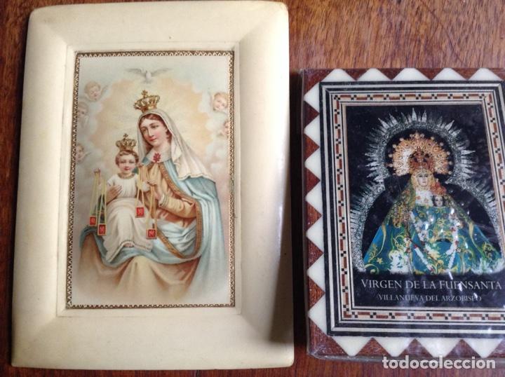 Arte: Ocho figuritas de la virgen, un tríptico metálico y dos cuadros virgen, regalo - Foto 2 - 118833427