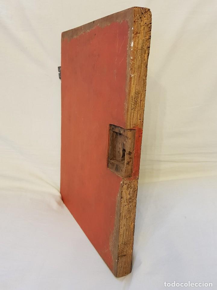 Arte: Óleo sobre tabla de roble. Puerta de sagrario. Resurrección de Cristo. Escuela española. S. XVI-XVII - Foto 9 - 119485299