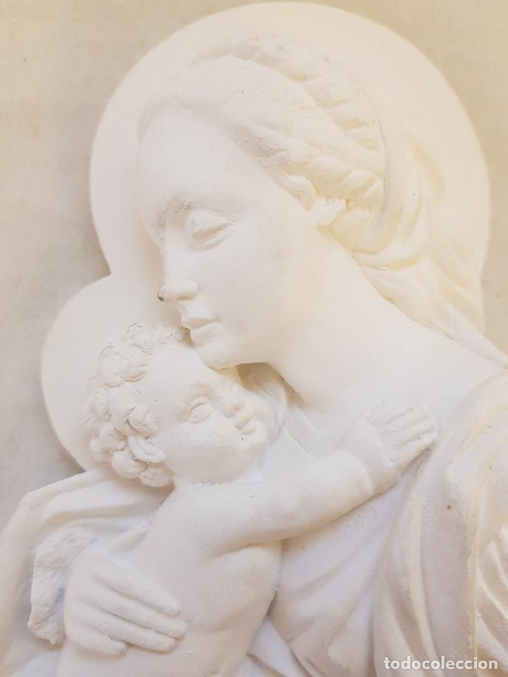 Arte: Virgen con Niño de escayola - Foto 2 - 119485699