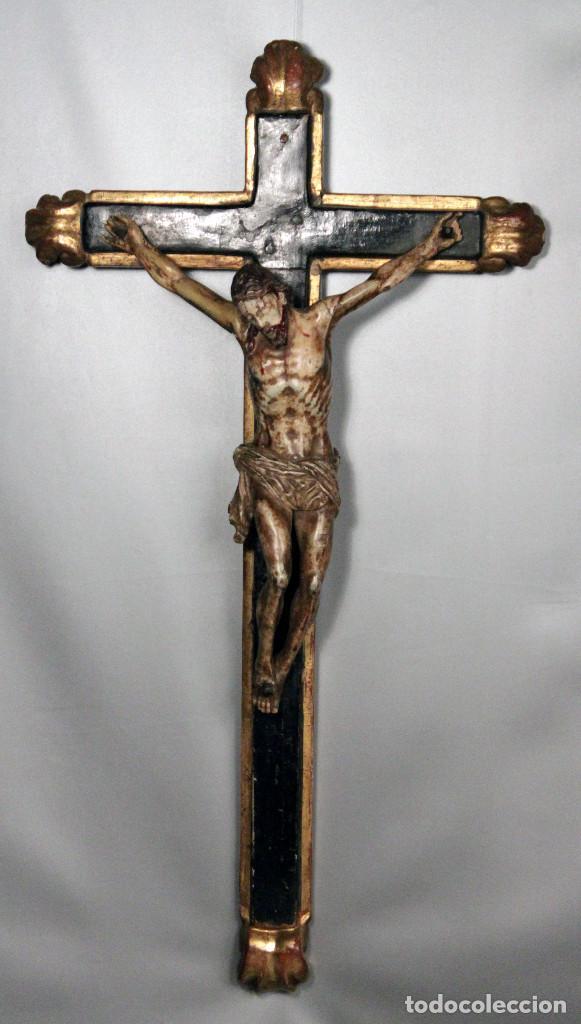 CRUCIFIJO ESPAÑOL DEL SIGLO XVIII. (Arte - Arte Religioso - Escultura)