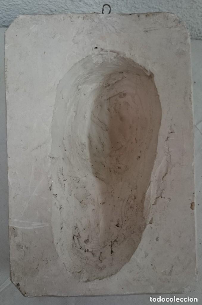 Arte: Espectacular escultura de escayola de la Virgen María. Escultor Navarrete, firmada. 38x26x14cm - Foto 5 - 121323999