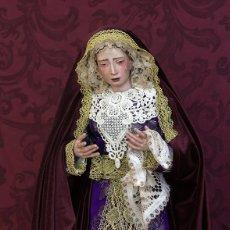 Arte: VIRGEN DOLOROSA DE CANDELERO DE 55 CTM DE ALTURA Y VESTIDA. Lote 121388667