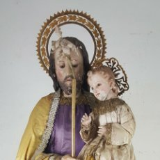 Arte: SAN JOSE CON EL NIÑO JESÚS. TALLA DE MADERA POLICROMADA. CAP I POTA. SIGLO XI-XX. . Lote 133408363