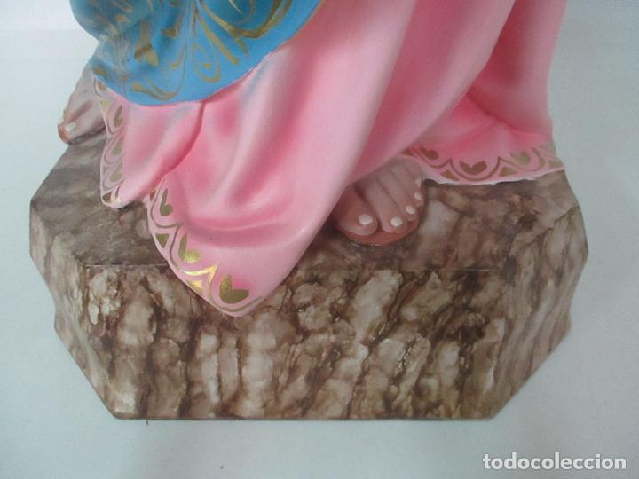 Arte: Bonita Virgen Auxiliadora - Estuco Policromado - Talleres de Olot - Altura 105 cm - S. XX - Foto 16 - 122053535