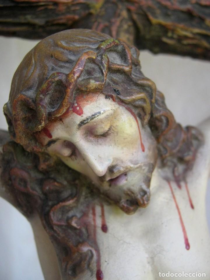 Arte: 90 CM - Grande Cristo del Perdon - El Arte Cristiano Olot Pasta de madera c.1900 Cruz peana Calavera - Foto 3 - 122224563