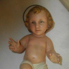 Arte: FIGURA NIÑO JESUS DIMOSA/OLOT (( 24 CTMS EN PASTA DE MADERA). Lote 125325227