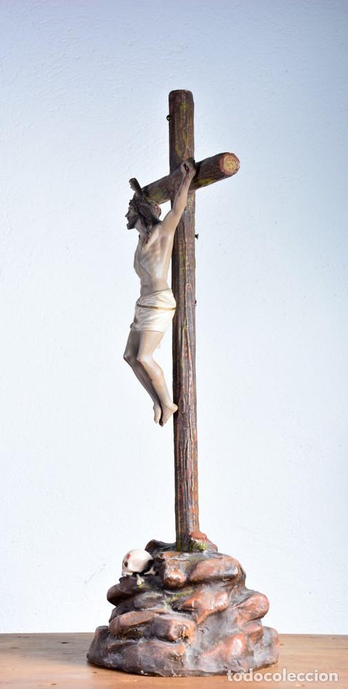 Arte: Cristo en la Cruz con pedestal - Sello Arte Cristiano Olot - Crucifijo escultura s. XIX - Foto 3 - 125730747
