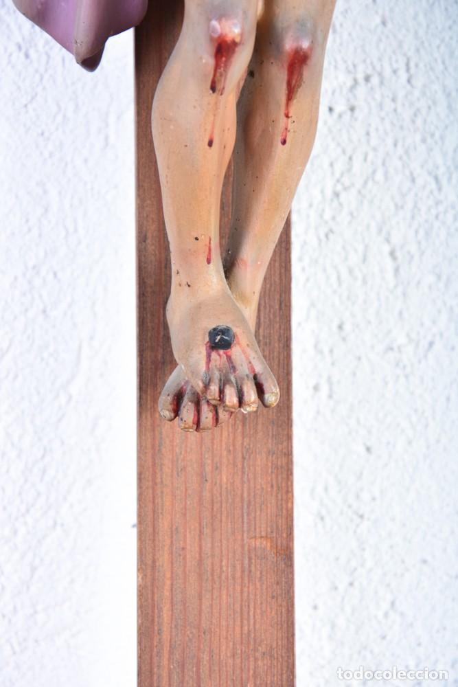Arte: Crucifijo - Cristo en Cruz - Madera y estuco - Policromado - Marca posible Olot - Foto 3 - 126375503