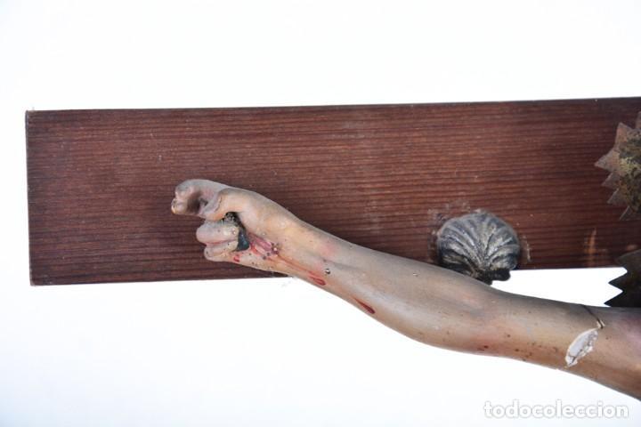 Arte: Crucifijo - Cristo en Cruz - Madera y estuco - Policromado - Marca posible Olot - Foto 19 - 126375503