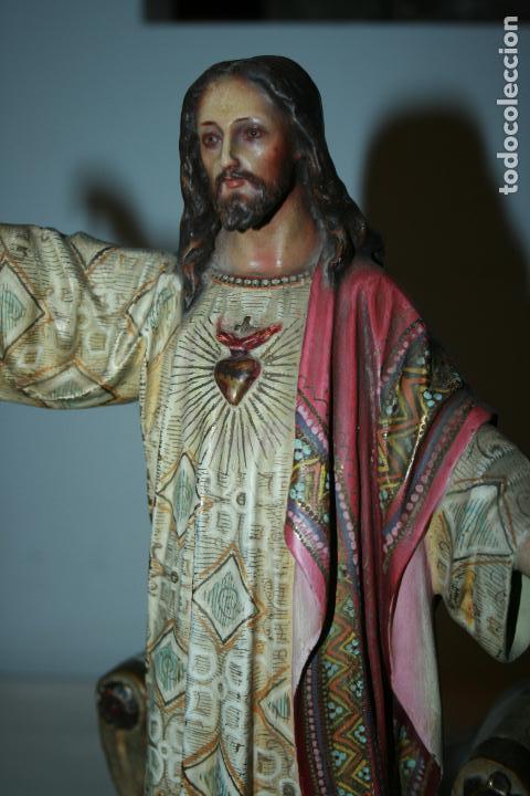 Arte: Cristo Rey entronizado,Sagrado Corazón, decoracíón con dorados, ojos de cristal. 38 x 15 x 14. - Foto 5 - 126405915