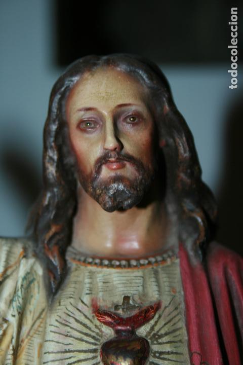 Arte: Cristo Rey entronizado,Sagrado Corazón, decoracíón con dorados, ojos de cristal. 38 x 15 x 14. - Foto 9 - 126405915