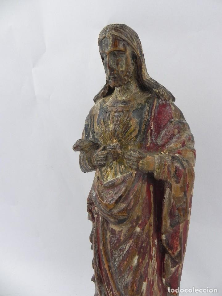 Arte: Talla de madera del Sagrado corazón de Jesús, siglo XIX, Mide 32,5 cms de alto. tal y como se ve en - Foto 4 - 126416591