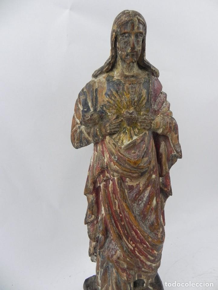 Arte: Talla de madera del Sagrado corazón de Jesús, siglo XIX, Mide 32,5 cms de alto. tal y como se ve en - Foto 5 - 126416591