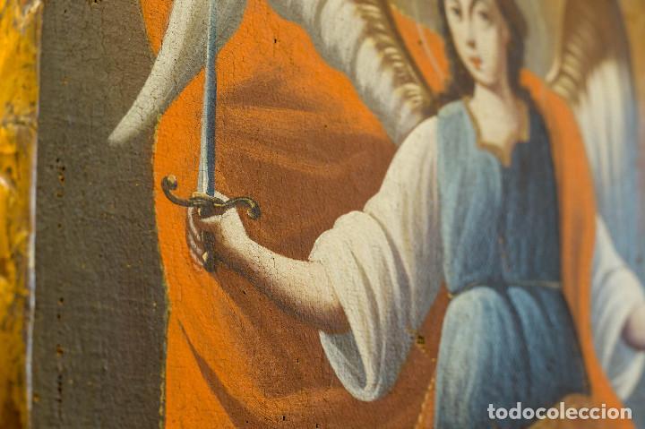 Arte: San Miguel Arcángel. Óleo sobre lienzo. Escuela colonial, s. XVII. - Foto 2 - 119050971
