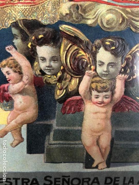 Arte: CROMOLITOGRAFIA DORADA TROQUELADA NUESTRA SEÑORA DE LA MONTAÑA ANGEL ANGELES PPIO S XX 35X26CMS - Foto 15 - 128437415