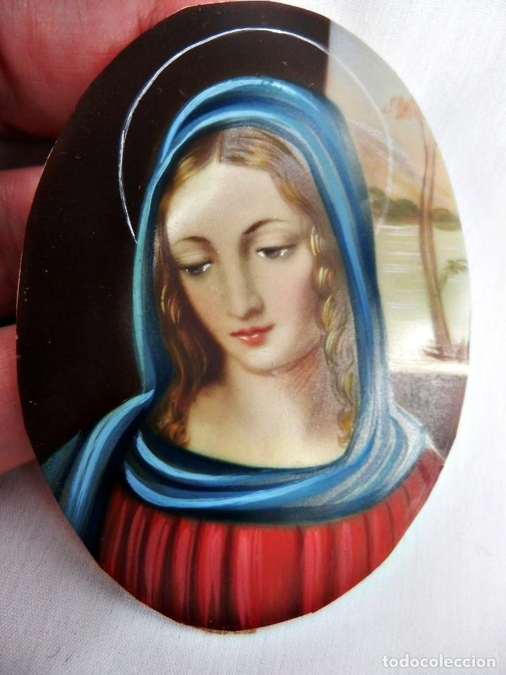Arte: Escuela francesa s XIX miniatura pintada sobre celuloide Virgen Maria en marco de bronce - Foto 6 - 147378902