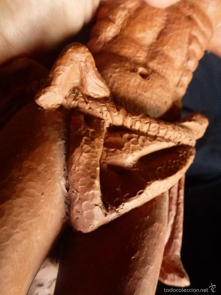 Arte: Cruz, Crucifijo realizado en terracota. Pieza de autor. Ramon Camps Alier - Foto 14 - 130733509