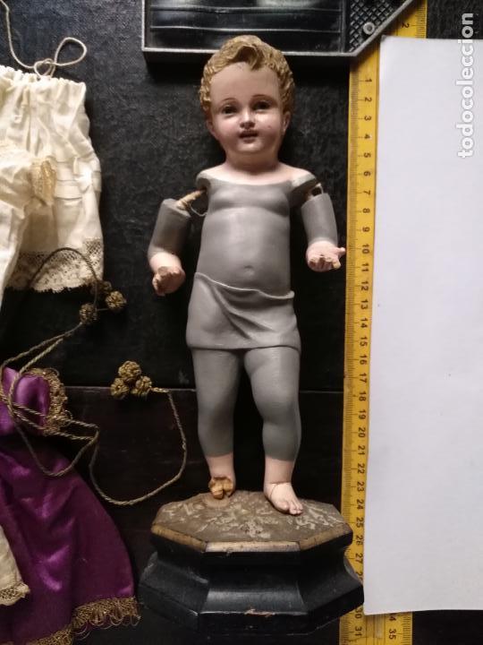 Arte: niño jesus vestir barro terracota arte cristiano olot ojos cristal traje peana virgen semana santa - Foto 2 - 132498222