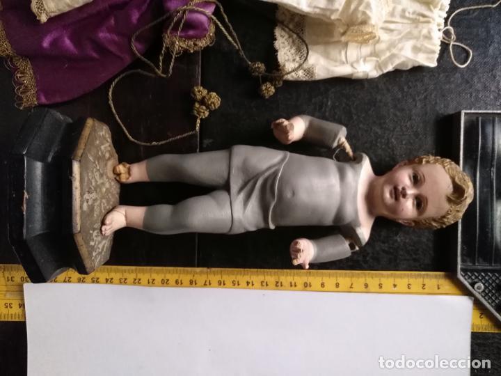 Arte: niño jesus vestir barro terracota arte cristiano olot ojos cristal traje peana virgen semana santa - Foto 45 - 132498222