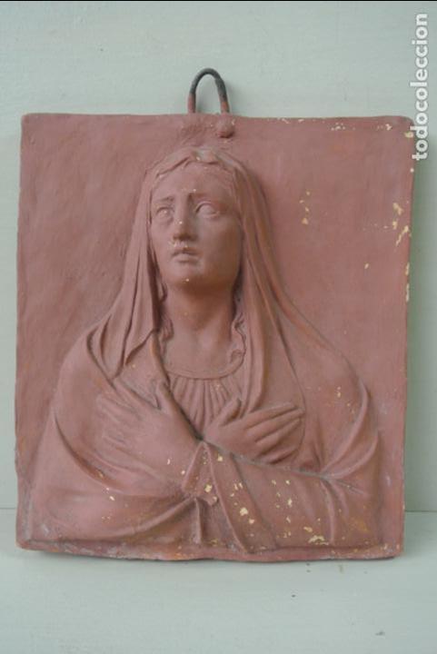 Arte: Antiguo plafon bajorrelieve Modernista en terracota. Virgen - Foto 4 - 132628306