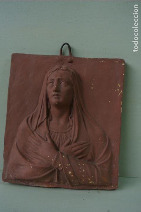 Arte: Antiguo plafon bajorrelieve Modernista en terracota. Virgen - Foto 5 - 132628306