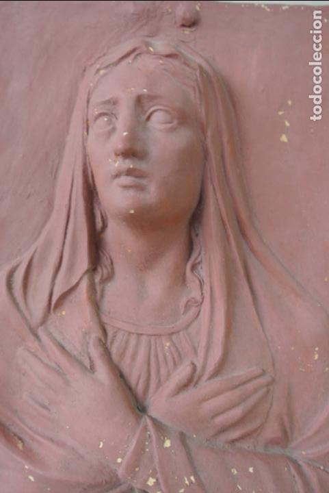 Arte: Antiguo plafon bajorrelieve Modernista en terracota. Virgen - Foto 6 - 132628306