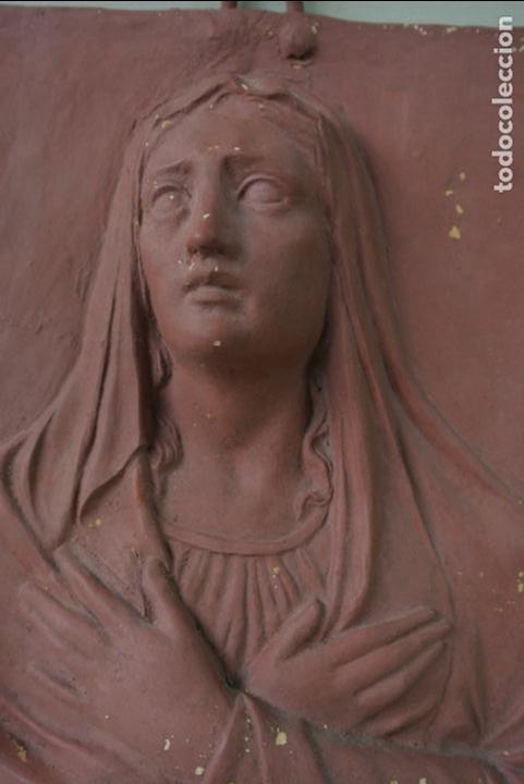 Arte: Antiguo plafon bajorrelieve Modernista en terracota. Virgen - Foto 10 - 132628306