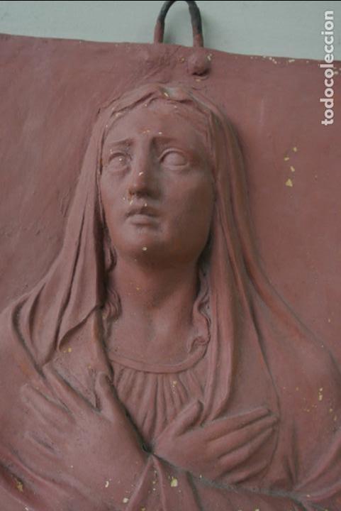 Arte: Antiguo plafon bajorrelieve Modernista en terracota. Virgen - Foto 11 - 132628306