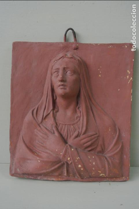 Arte: Antiguo plafon bajorrelieve Modernista en terracota. Virgen - Foto 12 - 132628306
