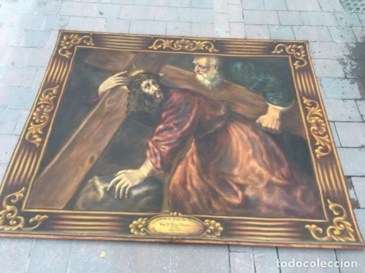 Arte: Antiguo tapíz pintado al óleo escena religiosa homenatge iutre Sr. arxiprest . Red. D. Pere Masnou - Foto 2 - 132912550