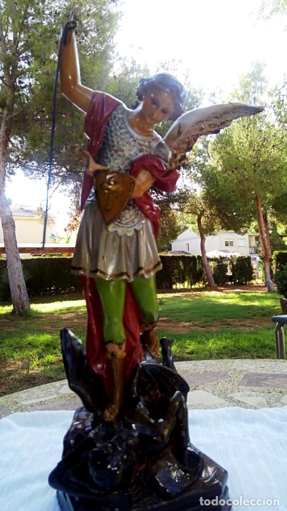 ARCANGEL SAN MIGUEL. REALIZADO EN PASTA DE MADERA. POSIBLEMENTE DE OLOT. FINALES DEL SIGLO XIX. S (Arte - Arte Religioso - Escultura)