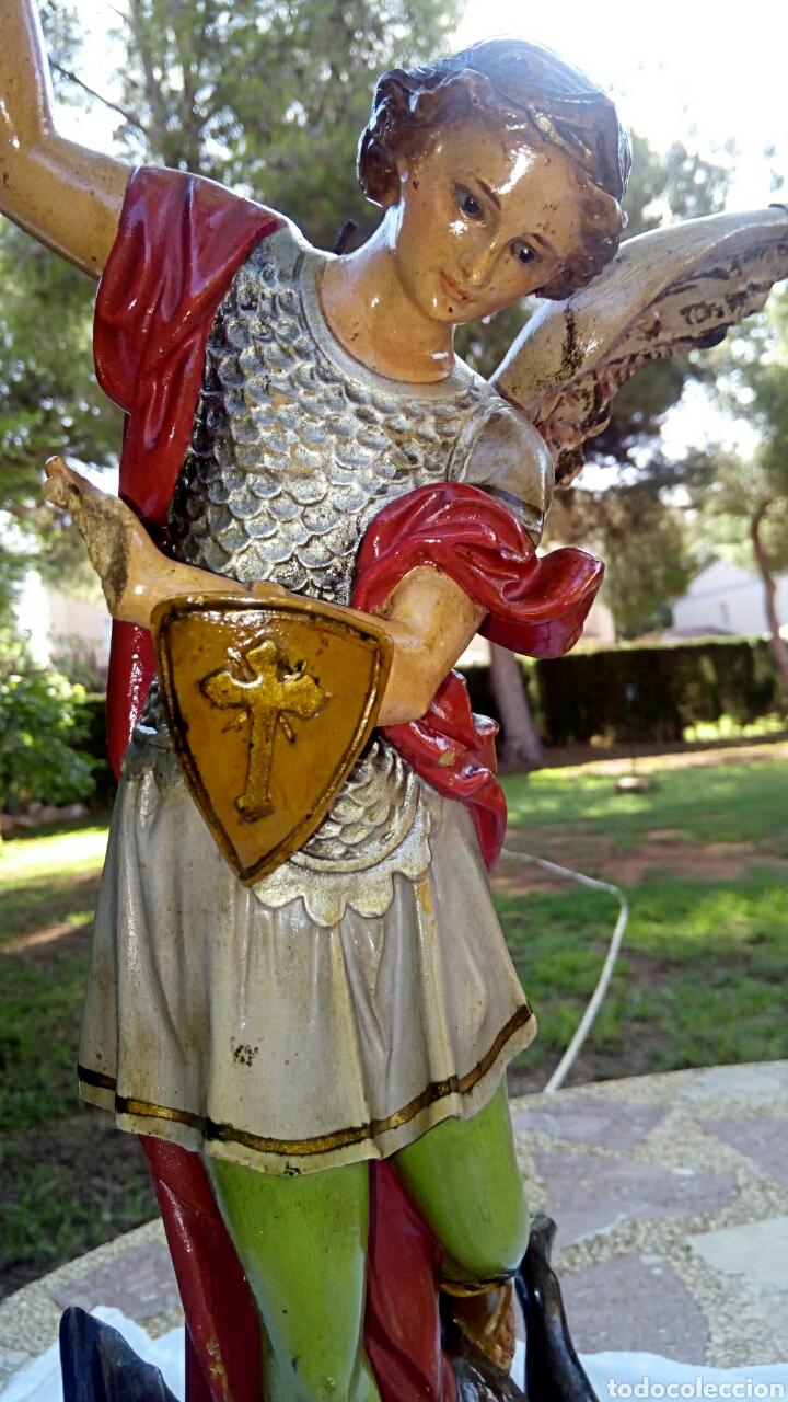 Arte: Arcangel San Miguel. Realizado en pasta de madera. Posiblemente de Olot. Finales del siglo XIX. S - Foto 2 - 132980366
