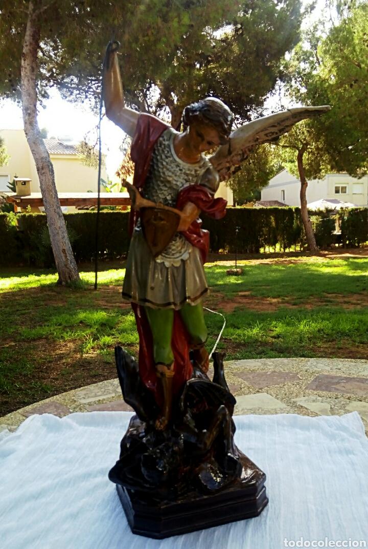Arte: Arcangel San Miguel. Realizado en pasta de madera. Posiblemente de Olot. Finales del siglo XIX. S - Foto 3 - 132980366