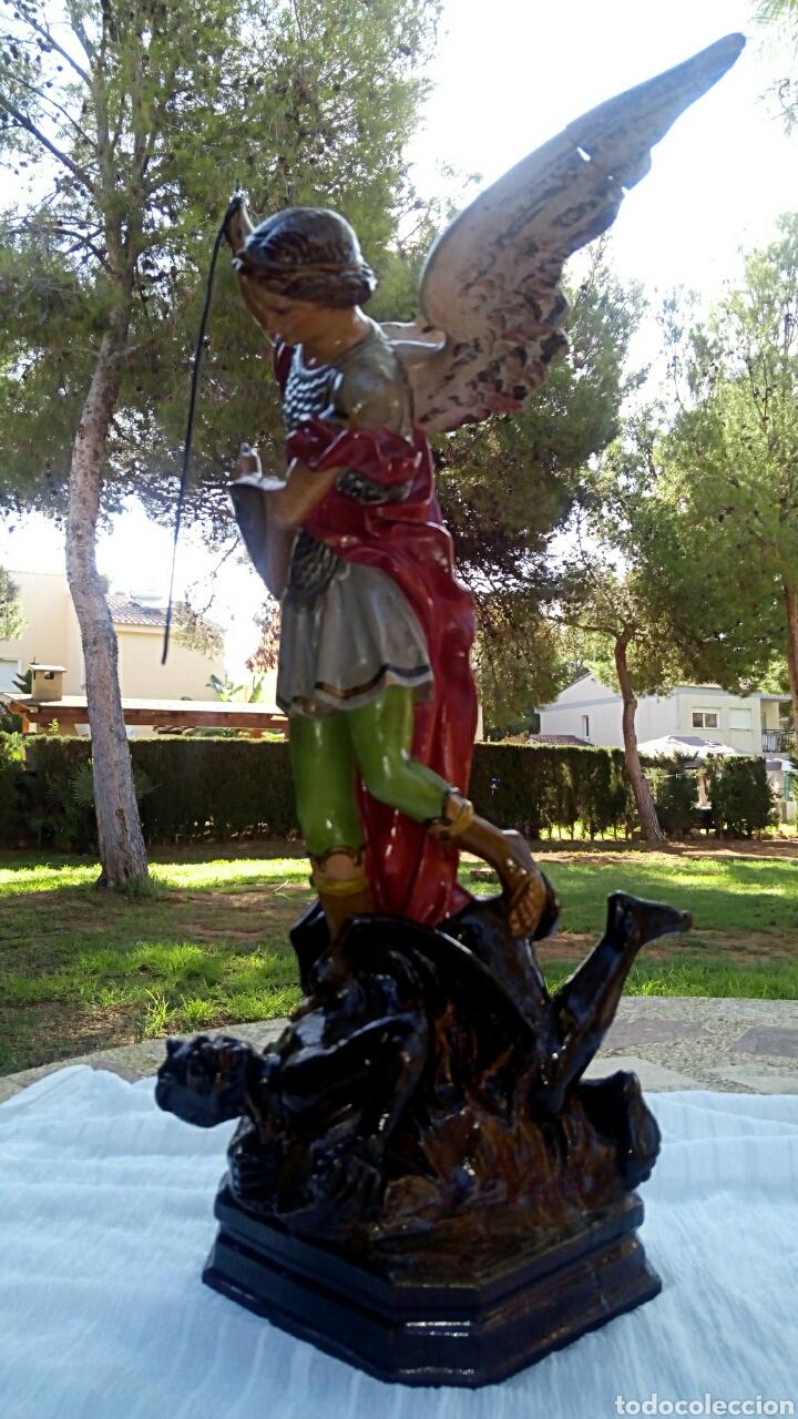 Arte: Arcangel San Miguel. Realizado en pasta de madera. Posiblemente de Olot. Finales del siglo XIX. S - Foto 5 - 132980366