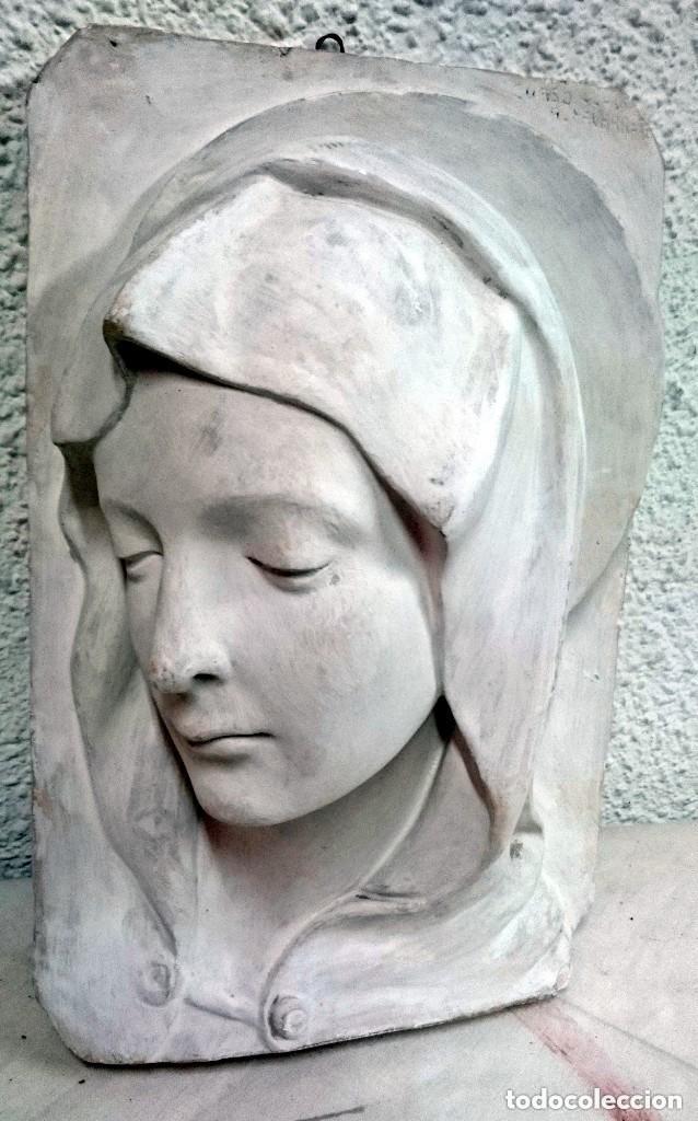 Arte: Espectacular escultura de escayola de la Virgen María. Escultor Navarrete, firmada. 38x26x14cm - Foto 2 - 121323999