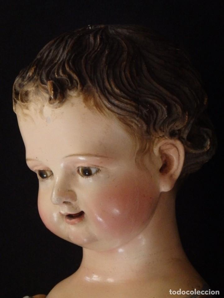 Arte: Niño Jesús. Escultura vestidera o cap i pota en madera policromada. 70 cm. Granada. S. XVIII. - Foto 11 - 134050710