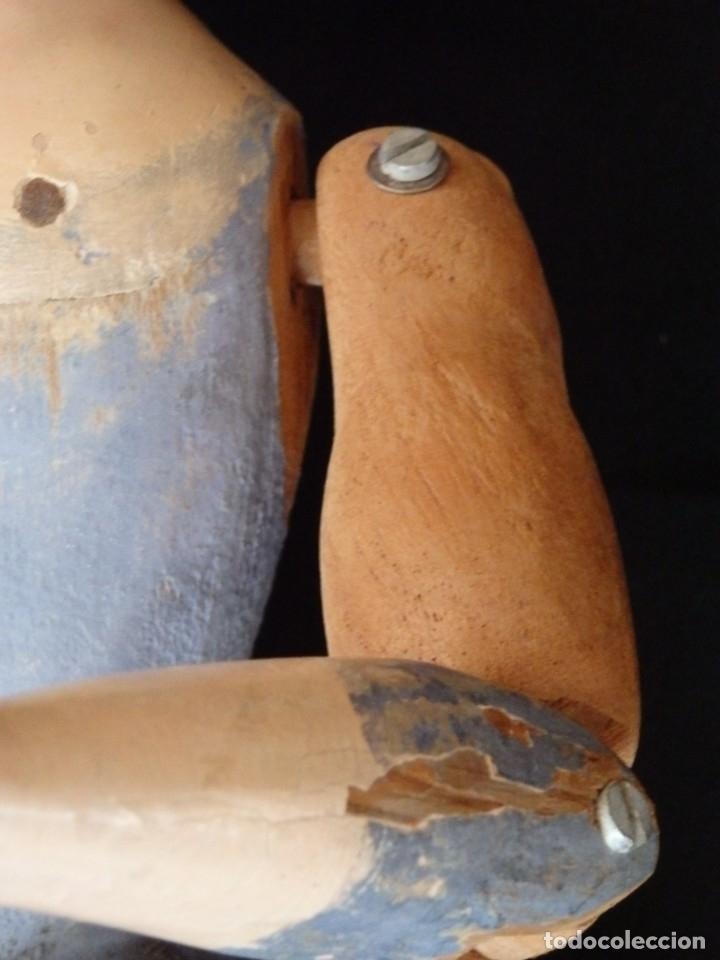 Arte: Niño Jesús. Escultura vestidera o cap i pota en madera policromada. 70 cm. Granada. S. XVIII. - Foto 18 - 134050710