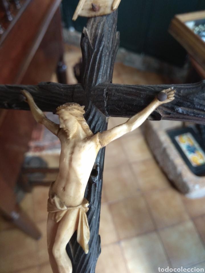 Arte: Antigua Cruz con Cristo de Hueso XIX - Foto 8 - 135936307