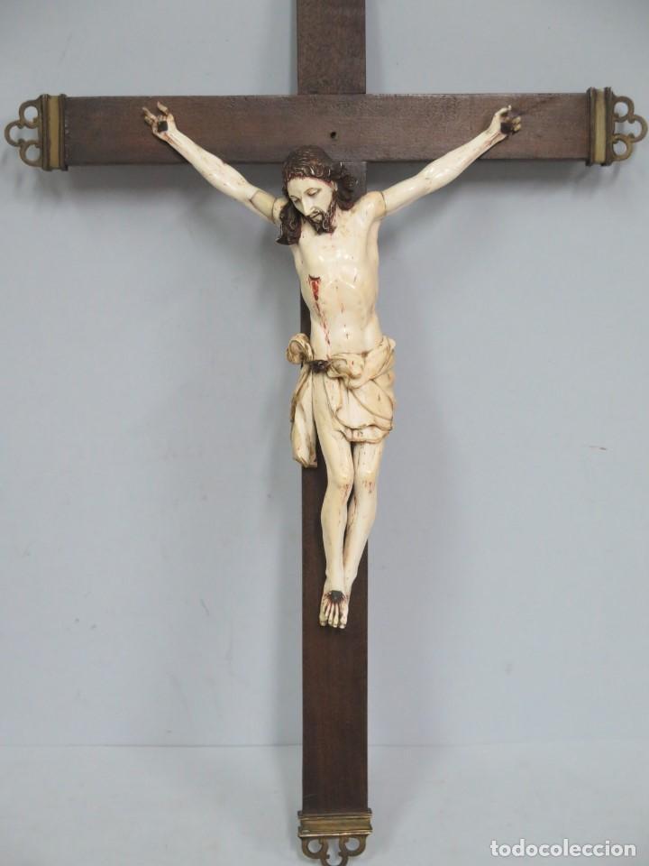 Arte: MAGNIFICO CRISTO HISPANOFILIPINO DE MARFIL. SIGLO XVII-XVIII. GRAN TRATAMIENTO ANATOMIA - Foto 2 - 136169366