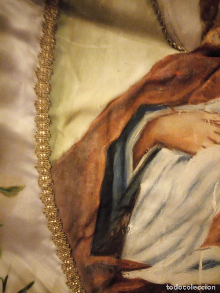 Arte: virgen ave maría pintada en oleo sobre raso,y con bordados a mano de hilo dorado metálico, - Foto 6 - 137249802