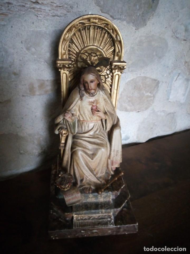 Arte: Antiguo Sagrado Corazón Entronizado en estuco policromado. - Foto 7 - 137504278