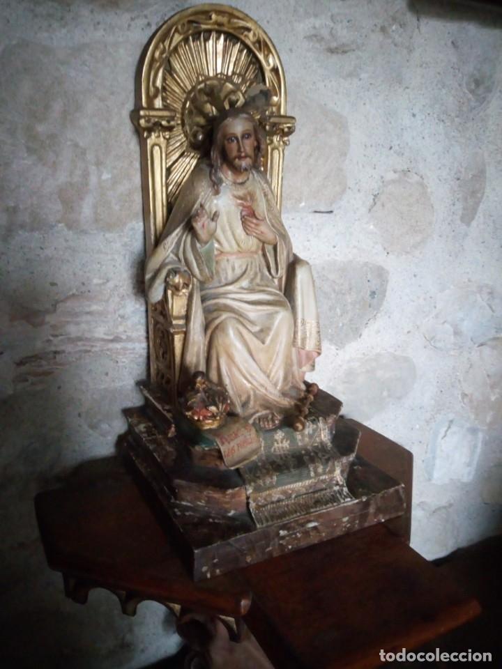 Arte: Antiguo Sagrado Corazón Entronizado en estuco policromado. - Foto 11 - 137504278