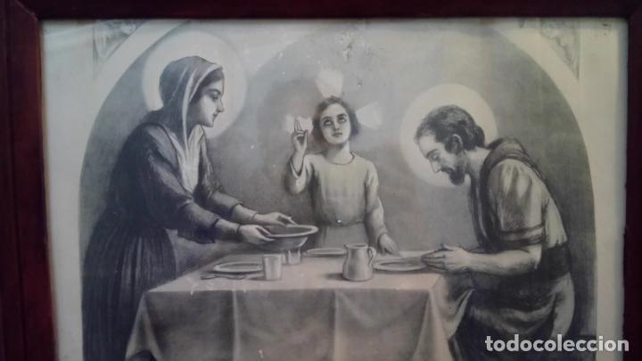 Arte: Antiguo cuadro religioso de lámina de la Sagrada Familia para vendecir la mesa años 10-20 - Foto 3 - 140950618