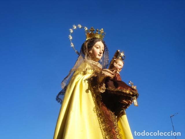 VIRGEN DEL CARMEN CON NIÑO CAP I POTA EN CAPILLA DE PALISANDRO SXIX (Arte - Arte Religioso - Escultura)
