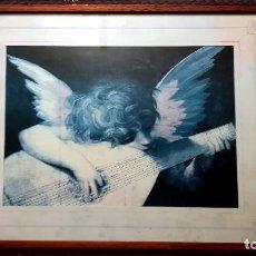 Arte: BONITO CUADRO ANTIGUO CON LITOGRAFIA DE - ANGELITO TOCANDO LA BANDURRIA - TAMAÑO 46 X 52 CMS. Lote 145300234