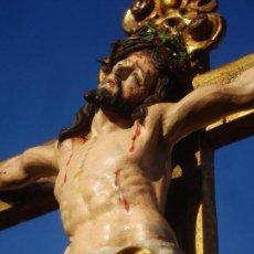 Arte: ESCUELA ESPAÑOLA CRUCIFIXION EN EL CALVARIO SXVIII TALLA DE MADERA. Lote 145790026