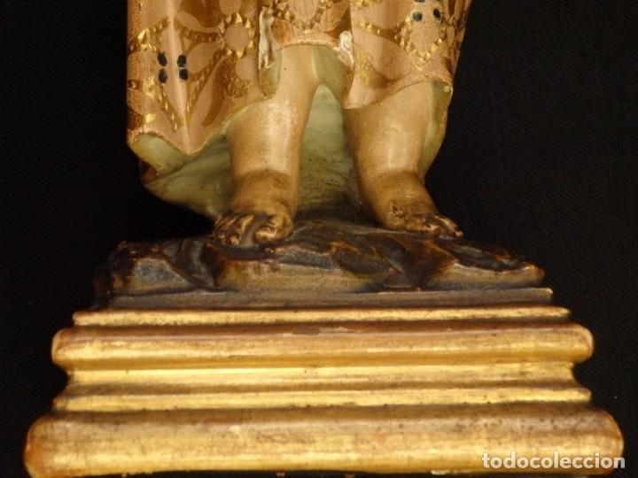Arte: Niño Jesús en la cruz. Escultura de madera tallada y policromada. 35 cm. Hacia 1900. - Foto 7 - 146307534