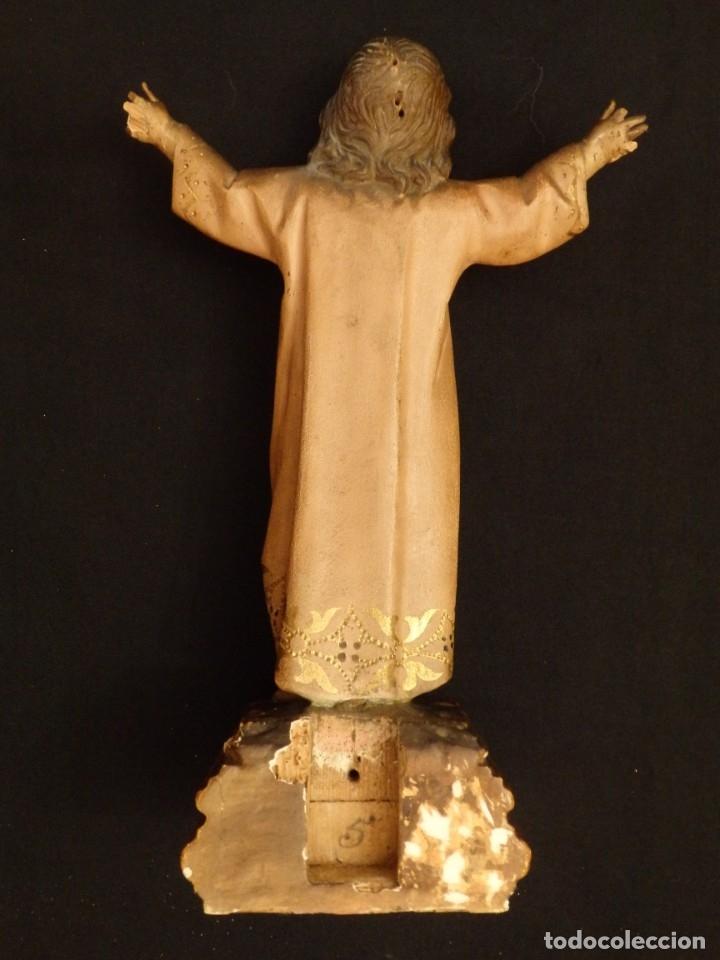Arte: Niño Jesús en la cruz. Escultura de madera tallada y policromada. 35 cm. Hacia 1900. - Foto 16 - 146307534